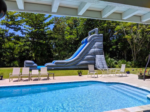 22ft waterslide delivered in pinecrest
