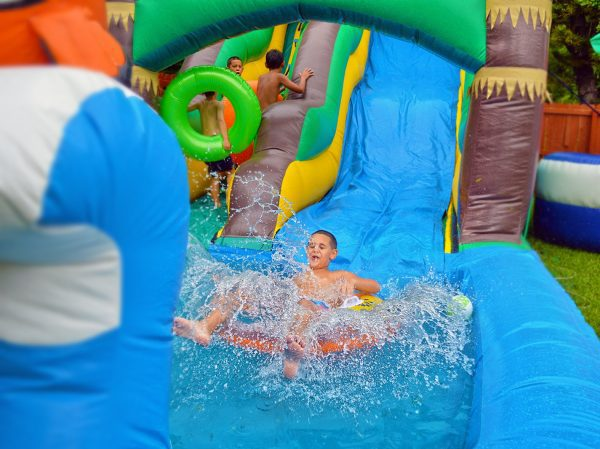 kids fun on tropical nemo waterslide