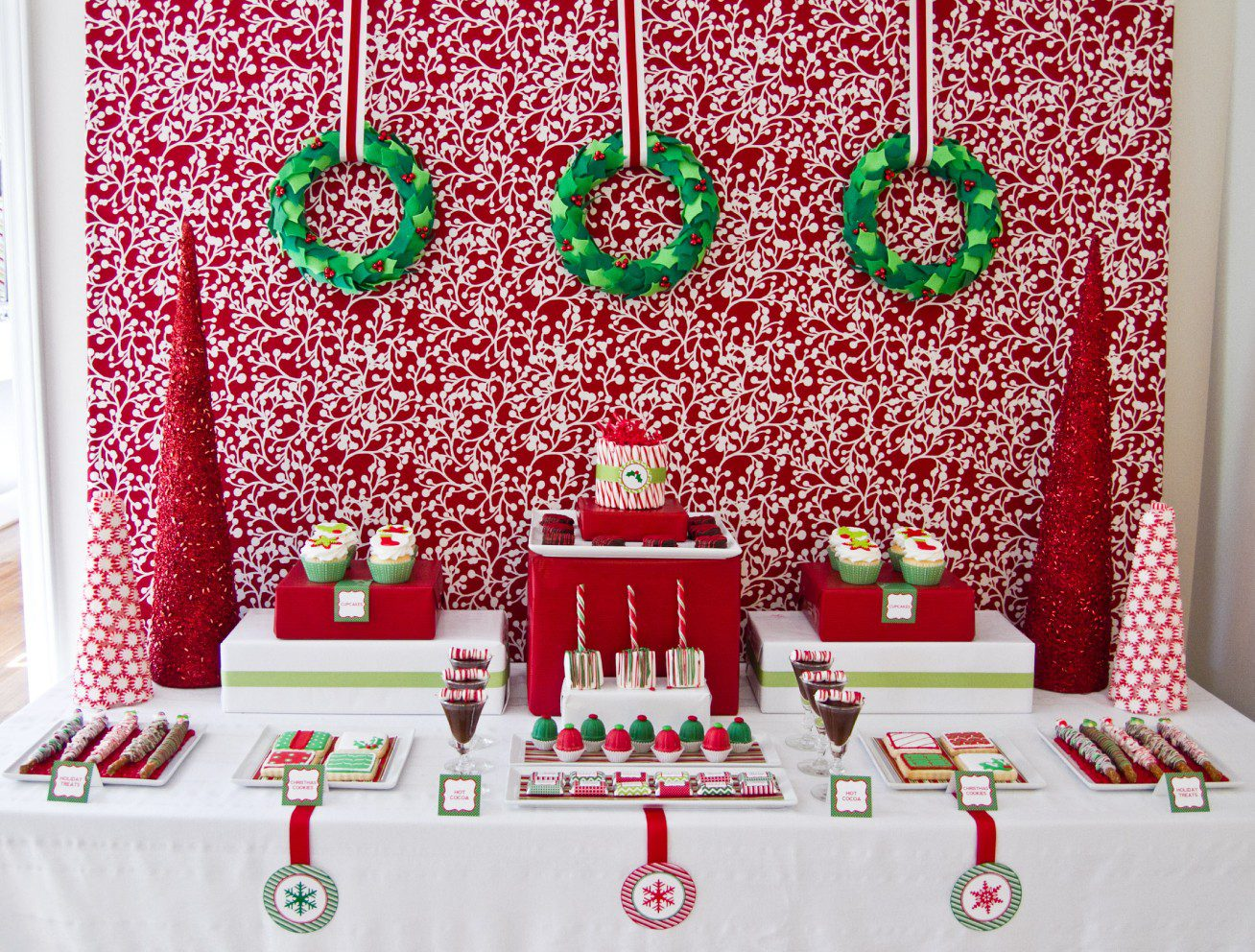 christmas table decorations party rental